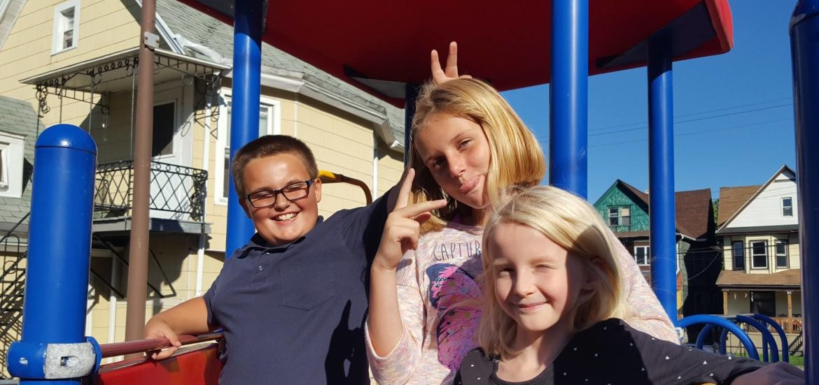 cropped-happy-kids-in-playground-1.jpg
